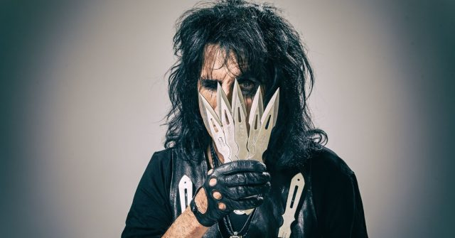 """Don't Give Up"", Alice Cooper"