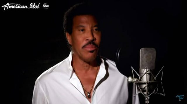 """""""We Are The World"""", Lionel Ritchie & American Idols"""
