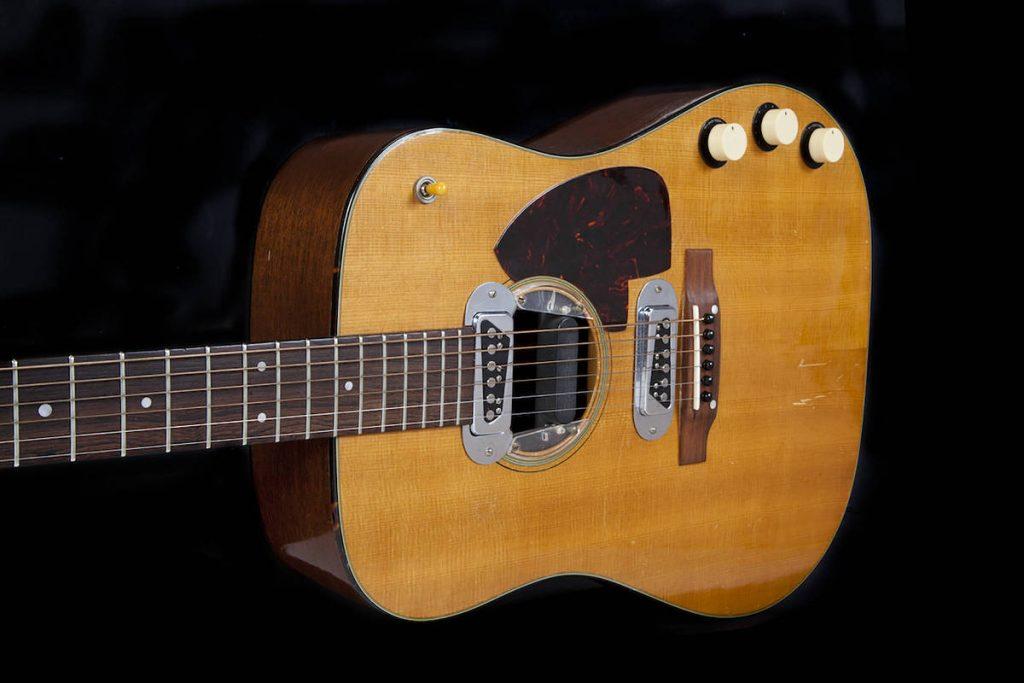 O violão de Kurt Cobain