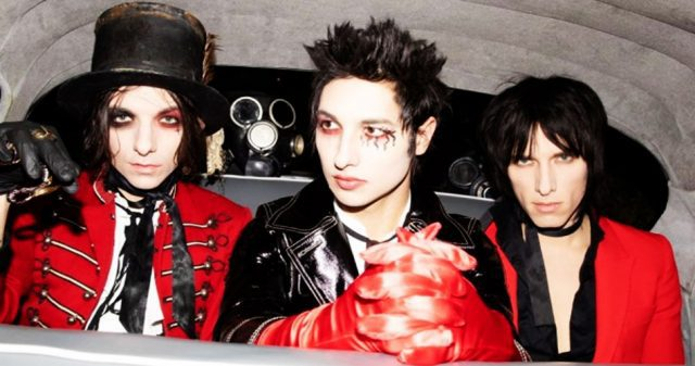 """Mad World"", Palaye Royale"