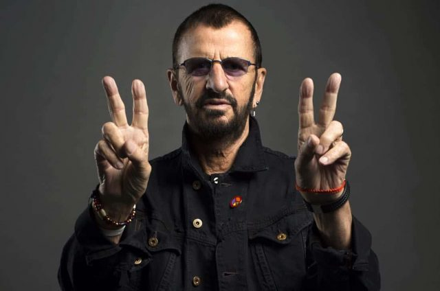 """Here's To The Nights"", Ringo Starr (e um time de lendas)"
