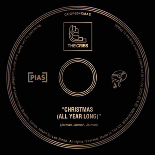 Banda The Cribs lança nova música, 'Christmas (All Year Long)'