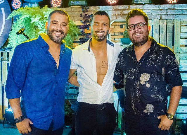 Bruno César & Luciano com o comediante Áureo Deni Amós Rodrigues